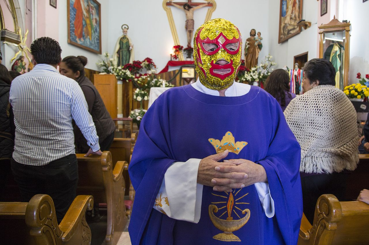 Shot of the Day: Meet an Unusual and Inspiring Mexican Priest